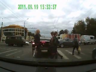 Говнюк на пешеходнике